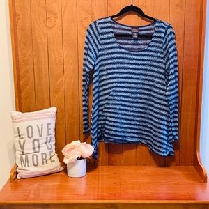 Maternity navy striped longsleeve shirt. Large